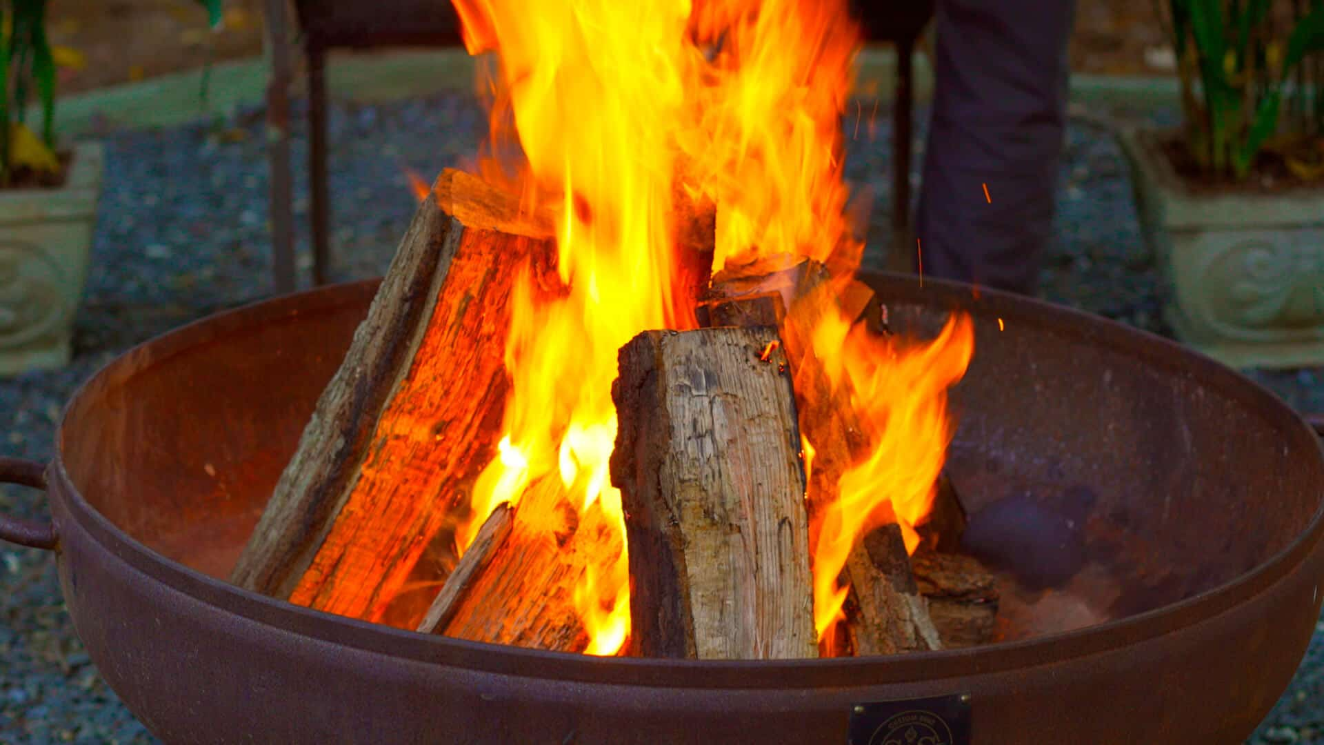 Build a fire pit for your yard